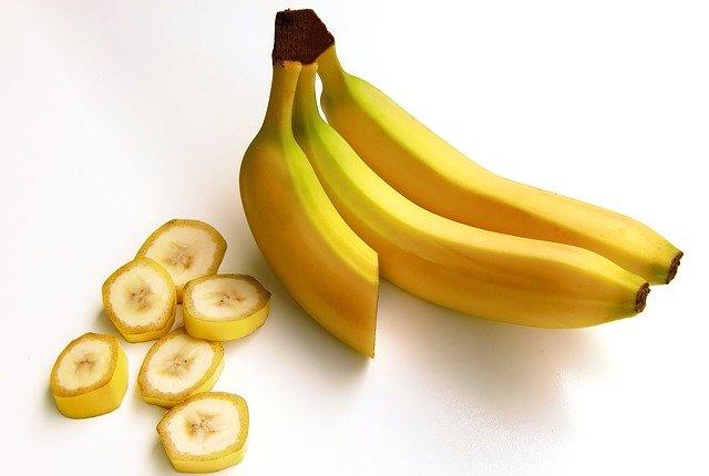 bananas-652497_640.jpg